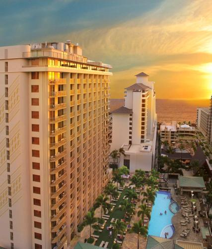 Embassy Suites By Hilton Waikiki Beach Walk photo