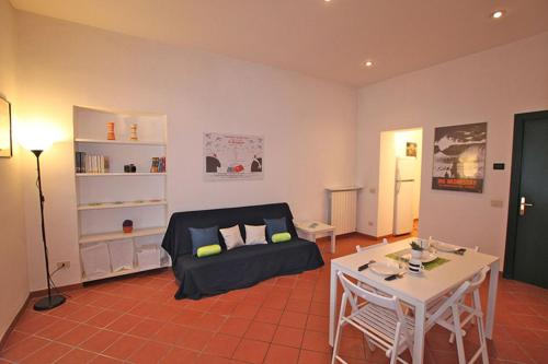 http://www.booking.com/hotel/it/bertani-home-holidays.html?aid=1728672