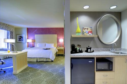 Hampton Inn & Suites by Hilton Miami Downtown/Brickell Photo