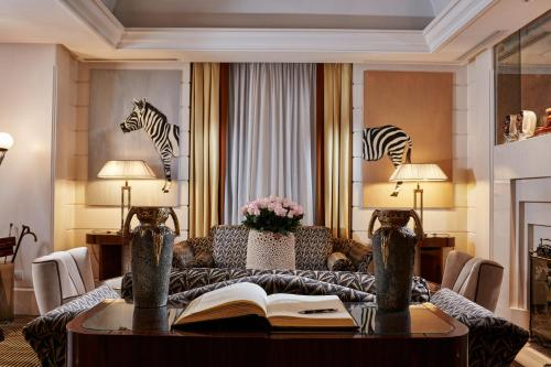 Hotel Lord Byron - Small Luxury Hotels of the World photo 61