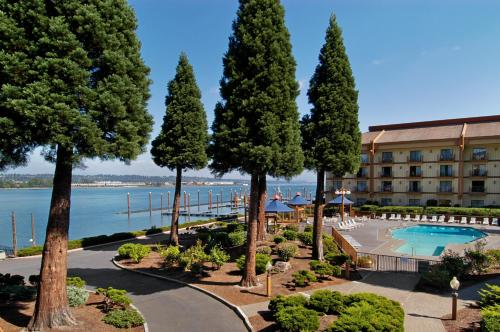 Red Lion Hotel on the River Jantzen Beach Portland Photo