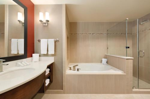 Hilton Garden Inn Houston NW America Plaza Photo