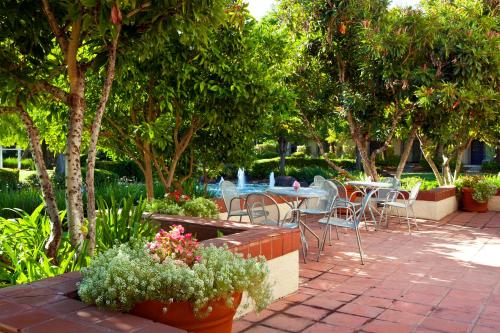 Four Points By Sheraton Pleasanton - Pleasanton, CA 94588