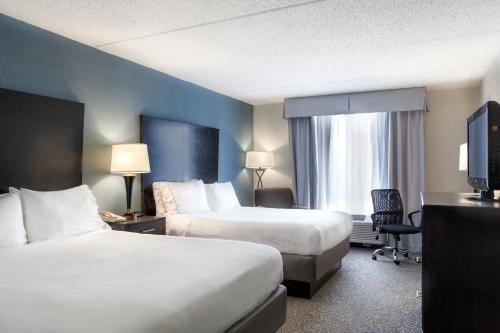 Holiday Inn Express Hotel & Suites Arcadia Photo