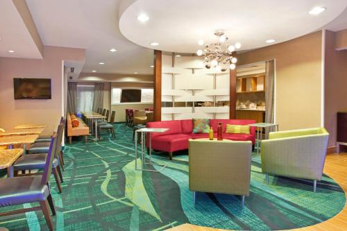 SpringHill Suites Nashville MetroCenter Photo