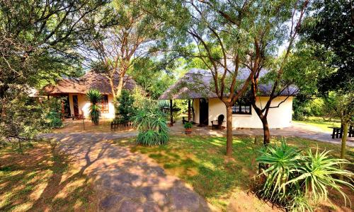 Aquanzi Lodge Photo