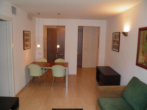 Apartaments Sant Jordi Fontanella photo 6