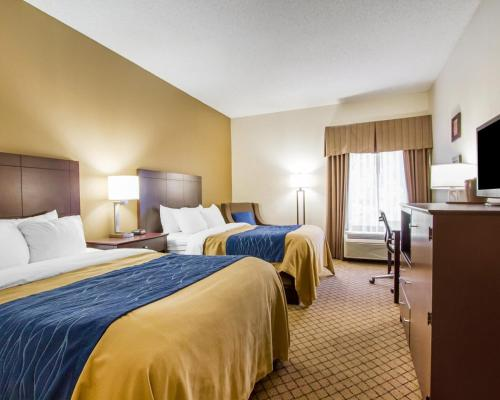 Comfort Inn Clarksville Photo
