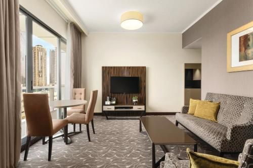 Hawthorn Suites by Wyndham Abu Dhabi City Center photo 45