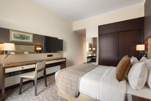 Hawthorn Suites by Wyndham Abu Dhabi City Center photo 36