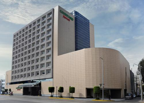Гостиница «Courtyard by Marriott Mexico City Revolucion», Мехико