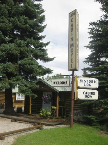 Log Cabin Motel Photo