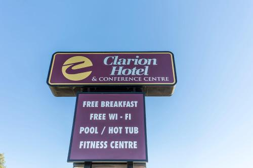 Clarion Hotel & Conference Centre Photo