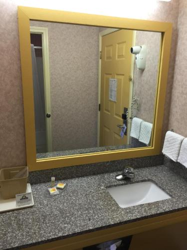 Days Inn Holladay Photo