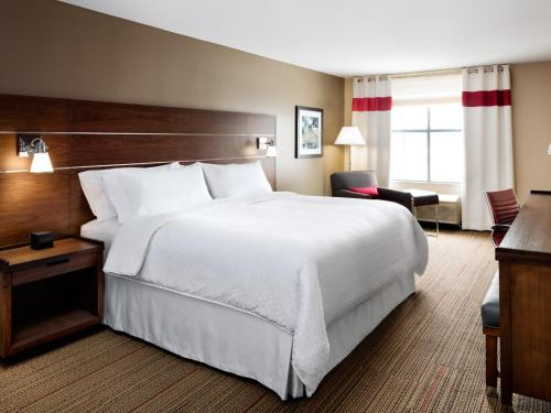 Four Points by Sheraton Cincinnati North/West Chester Photo