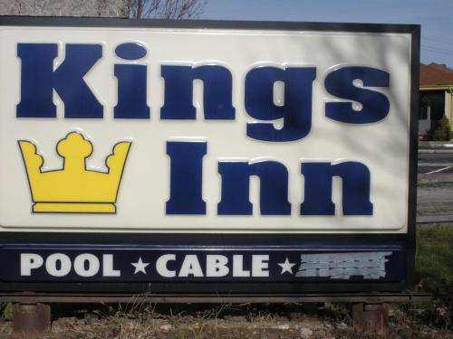 Kings Inn Cleveland website