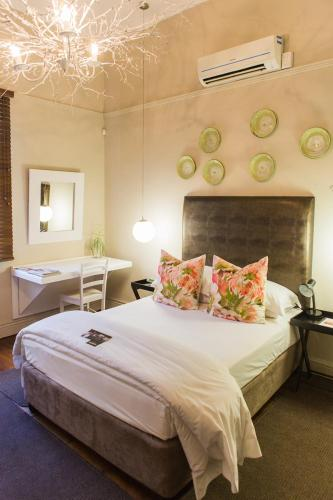 Boutique Guesthouse Manor Photo