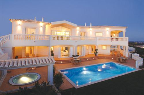 holidays algarve vacations Budens Quinta da Floresta – Santo António Villas, Golf & Spa