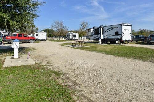 Alamo River RV Ranch & Campground - A Cruise Inn Park Photo
