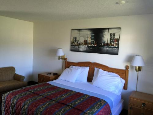 99 Palms Inn & Suites Photo