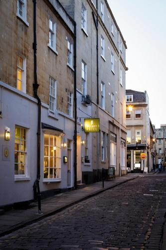 8-10 Queen St, Bath, BA1 1HE, England.