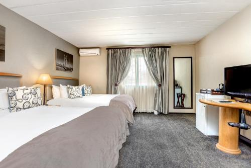 Protea Hotel by Marriott Midrand Samrand Photo