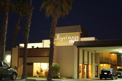 Photo of Royal Plaza Inn