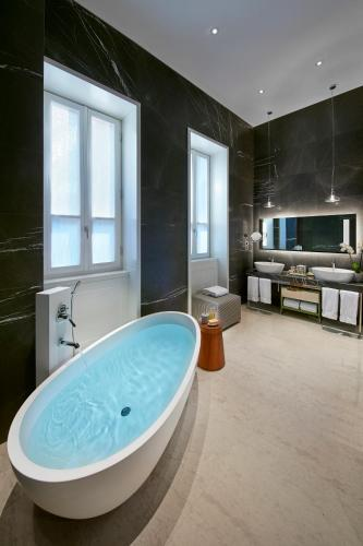 Mandarin Oriental Milan photo 42