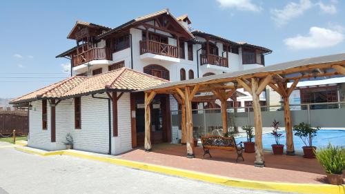 Hosteria El Imperio Real