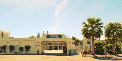 Travelodge Los Banos Photo