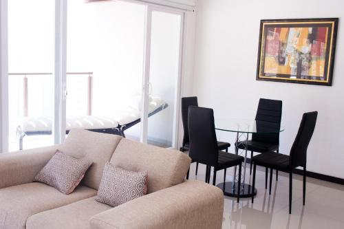 Brand New Modern and Spacious One Bedroom Apartment Photo