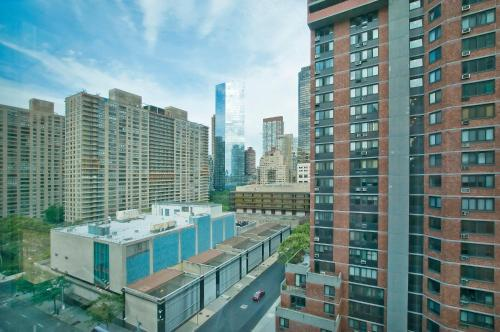 Luxurious Two Bedroom Apartment in Doorman Building - Lincoln Center photo 6
