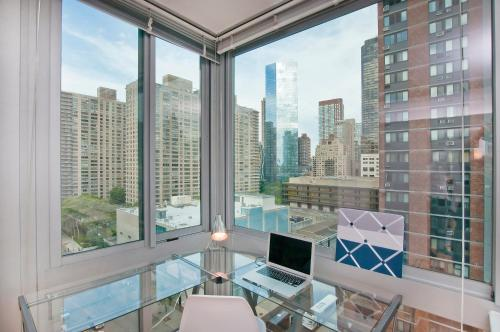 Luxurious Two Bedroom Apartment in Doorman Building - Lincoln Center photo 19