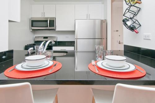 Luxurious Two Bedroom Apartment in Doorman Building - Lincoln Center photo 20
