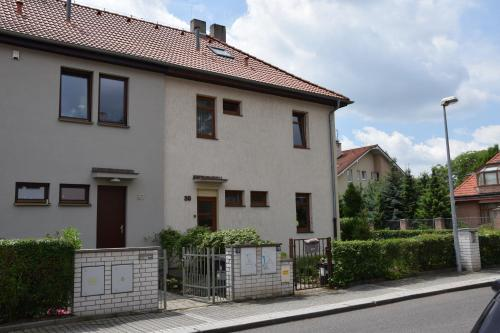 Classical House in Prague 6 photo 1