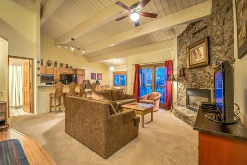 Phoenix 208 - Steamboat Springs, CO 80487