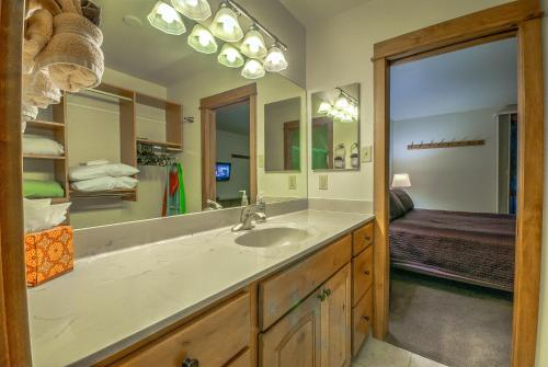 Storm Meadows Townhome 23 - Steamboat Springs, CO 80487