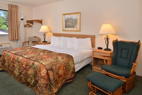 Americas Best Value Inn Ironwood Photo