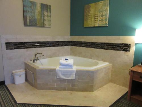Best Western Governors Inn and Suites Photo