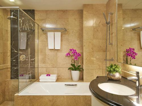 Orchard Scotts Residences by Far East Hospitality photo 26
