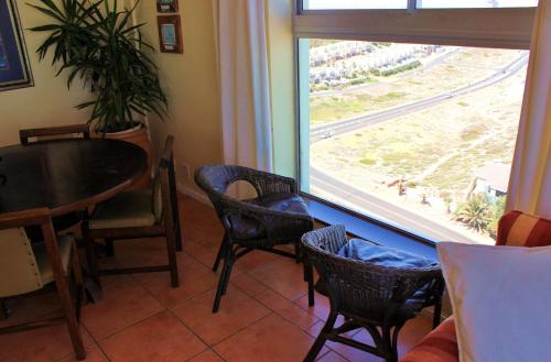 7 Views Self Catering Beachfront Apartment Photo