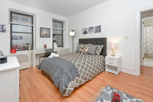 Modern Three Bedroom Apartment - Upper East Side photo 24