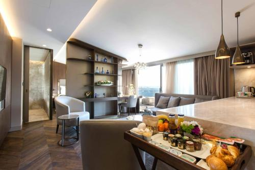 Istanbul Noble22 Suites directions
