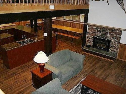 Holiday Home 03MBH The Glacier Lodge sleeps 26! Photo