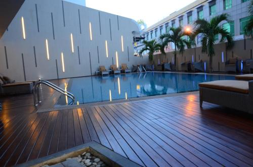 Nagoya Hill Hotel Batam photo 30