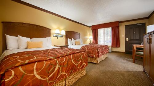 Best Western PLUS Greenwell Inn Photo