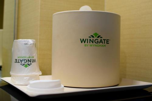 Wingate by Wyndham Manhattan Midtown photo 6