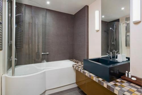 Mamaison All-Suites Spa Hotel, Moskau, Russland, picture 1