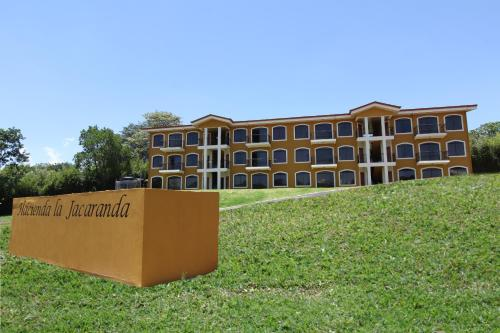 La Jacaranda Luxury Apartments Photo