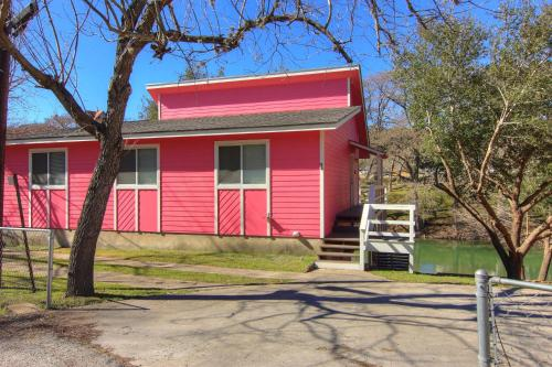 Three Pink Housez A Photo